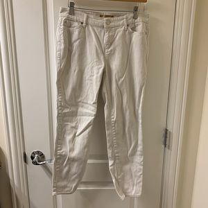 Ellen Tracy Cropped White Jeans